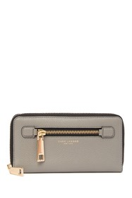 Marc Jacobs Vertical Zippy Leather Wallet