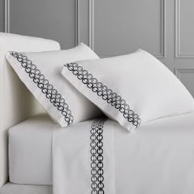 Chain Link Embroidered Sheet Set