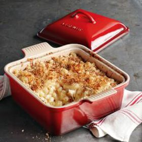 Le Creuset Stoneware Heritage Covered Square Baker
