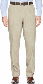 Dockers Classic Fit Signature Khaki Lux Cotton Str