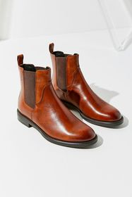 Vagabond Shoemakers Amina Leather Chelsea Boot