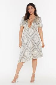 Nasty Gal Womens Gold Plunge in Printed Plus Dress