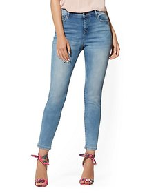 Mid-Rise Super-Skinny Ankle Jeans - Blue Angel - N