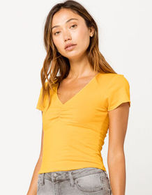 IVY & MAIN Solid Cinch Front Mustard Womens Tee_