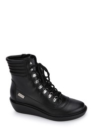 Kenneth Cole Reaction Rhyme Hiker Leather Lace Up