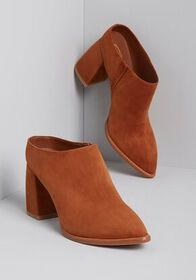 Sbicca Sbicca Smooth Step Suede Upper Mule in Whis