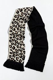 UO Leopard Scarf