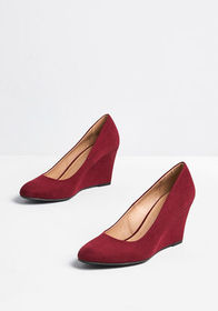 The Final Touch Wedge Heel in Burgundy