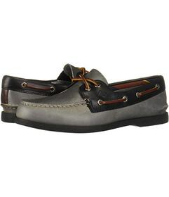 Sperry A\u002FO 2-Eye Plush Varsity