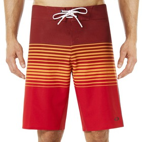 Oakley 21 Inches Camou Boardshort - Red Line