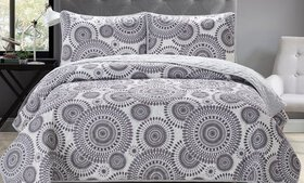 Home Style Carly Reversible Quilt Sets (2- or 3-Pi
