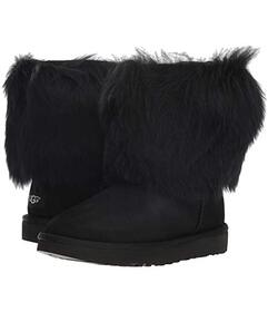 UGG Short Sheepskin Cuff Boot