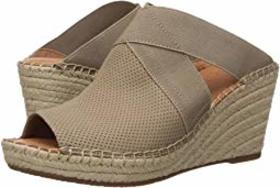 Gentle Souls by Kenneth Cole Colleen Mule
