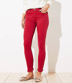 Frayed Skinny Jeans in Rio Red