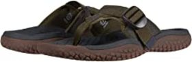 KEEN KEEN - Solr Toe Post. Color Dark Olive. On sa