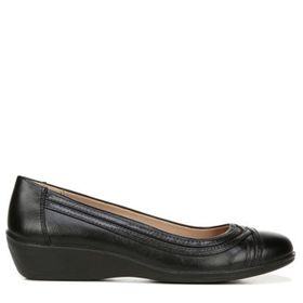 LifeStride Women's Isla Medium/Wide Wedge Shoe