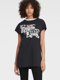 Donna Karan LONG-LINE TEE WITH LOGO COLLAGE