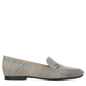 Naturalizer Women's Kari Medium/Wide Loafer Shoe