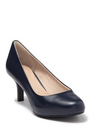 Rockport Seven to 7 Pump - Wide Width Available