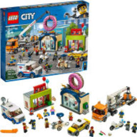 Title: LEGO City Town Donut shop opening 60233