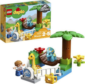 Title: LEGO DUPLO Jurassic World Gentle Giants Pet