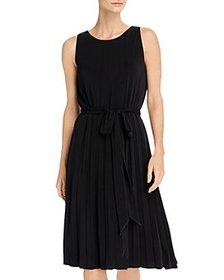 T Tahari - Sleeveless Pleated Dress