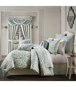 J. Queen New York Napoli Puff Damask Comforter Set