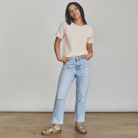 Women's Elizabeth and James Casual + Simple Outfit