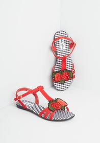 Ripe This Way Slingback Sandal Red Strawberry