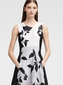 Donna Karan FLORAL FIT-AND-FLARE DRESS