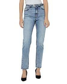 Vero Moda - Joana Belted Tapered Jeans in Light Bl