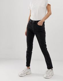 Tomorrow organic highwaisted mom jean with organic