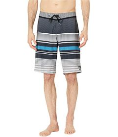 "Quiksilver 21"" Everyday Stripe Vee 2.0 Boardshorts"