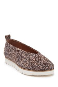 Gentle Souls by Kenneth Cole Demi Cheetah Print Le