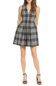 Vince Camuto Jacquard V-Neck Pleated Fit & Flare D