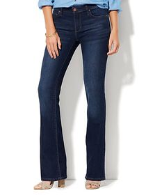 Petite Mid-Rise Instantly Slimming Curvy Bootcut J