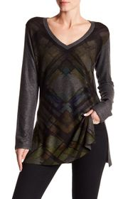 Go Couture Printed V-Neck Sweater
