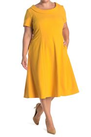 Donna Morgan Rolled Collar Crepe Dress