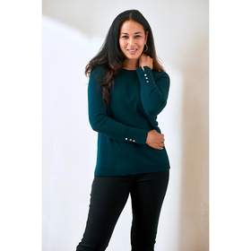 Plus Size Retrology Crew Neck Pullover Sweater