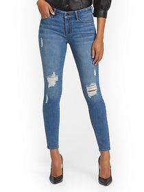 Lexi Mid-Rise Destroyed Super-Skinny Jeans - Fetch