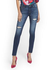 Lexi Mid-Rise Destroyed Super-Skinny Jeans - Cowbo