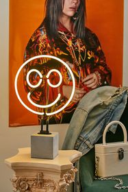 Happy Face Neon Table Lamp