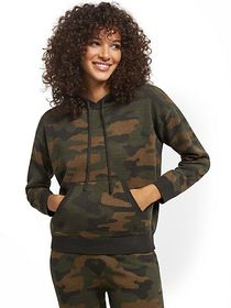 Camo-Print Drawstring-Tie Hooded Sweatshirt - New
