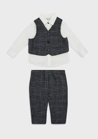 Armani Outfit with shirt, waistcoat and checked tr