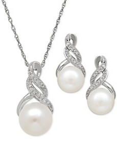 Cultured Freshwater Pearl (8 & 9mm) and Diamond Ac