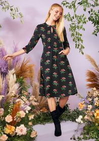 A Floral Folklore Midi Dress in Black Floral