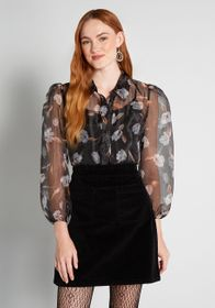 ModCloth ModCloth Gauzy Gardens Top in Black