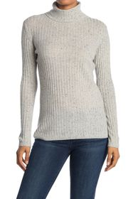 Quinn Ribbed Turtle Neck Cashmere Sweater