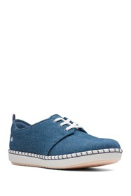Clarks Step Glow Lace-Up Sneaker