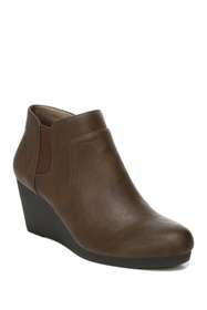 LifeStride Nayelle Wedge Bootie